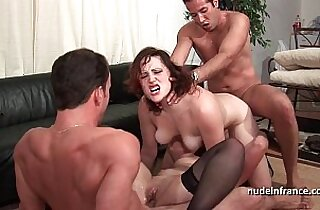 FFMM Two hotties hard style anal and double penetration fucking in foursome orgy