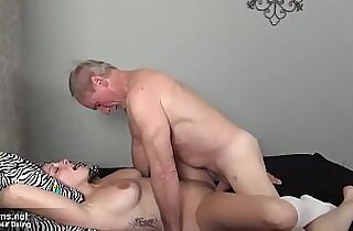 Sexy brunette Milf has nice sexdate with an old grandpa