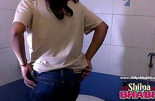 Gorgeous Indian Wife Shilpa Bhabhi Hot Shower